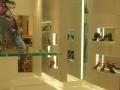 negozio-di-calzature-a-milano-veduta-interna-illuminazione-a-led
