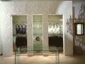 negozio-a-bologna-portale-e-vetri-di-murano